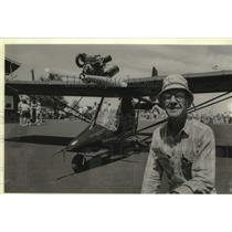 1985 Press Photo Jack Halbelsen flew his ultralight coast to coast Oshkosh