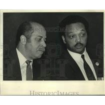 1986 Press Photo Reverend Jesse Jackson & Birmingham Mayor Richard Arrington Jr.