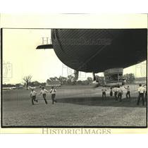 1986 Press Photo Goodyear blimp at Experimental Aircraft Association Convention