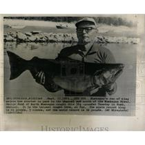 1971 Press Photo George Sund Muskegon River Fishing