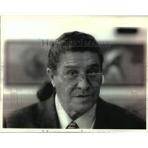 1994 Press Photo Ernie Stevens Sr., Development director, Oneida - mjc32640