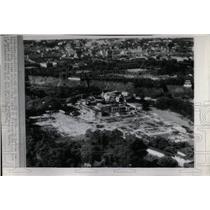 1945 Press Photo Bomb Damage Imperial Palace-Tokyo - RRX63845