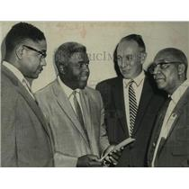 1959 Press Photo Baseball player Jackie Robinson (2nd from left) meets the mayor