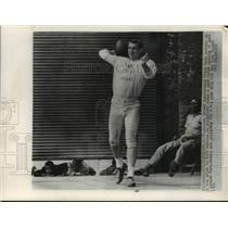 1963 Press Photo Browns football quarterback Frank Ryan in Cleveland - mjt18415