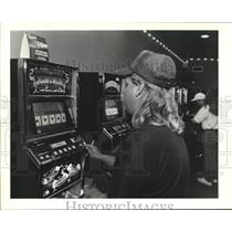 1994 Press Photo David Sprouse at the Lucky Bayou Video Poker - nob72525