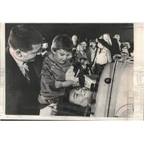 1965 Press Photo Rick Reichardt spent 39 minutes in iron lung for March of Dimes
