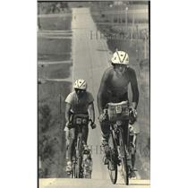 1983 Press Photo Dan Fahey, Milwaukee Sentinel Active Americans Bike Ride