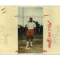 "1991 Press Photo Yates High School baseball coach Nathaniel ""Puddin"" Jones."