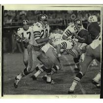 1970 Press Photo New Orelans Saints and Boston Patriots play NFL football