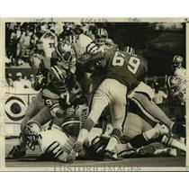 1972 Press Photo New Orleans Saints Bob Gresham in Action - nos18550