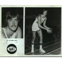 Press Photo New York Nets Basketball Player Jan Van Breda Kolff Poses with Ball