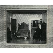 1979 Press Photo A Dollhouse Bedroom in Miniature - mja86535