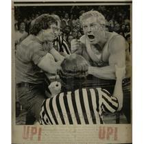 1975 Press Photo Natl Wrist Wrestling contest - RRX70769