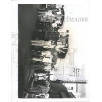 1963 Press Photo Cubans Crowd Russian Trucks - RRX90439