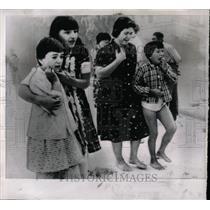 1963 Press Photo Earthquake destroys homes - RRX63491