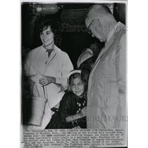 1962 Press Photo Mrs. Finkbine Reunited with Family