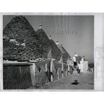 1955 Press Photo Cottages Of Albero Bello - RRX79621