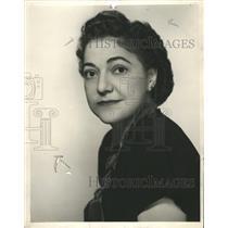 1946 Press Photo Maxine Wood On Whitman Avenue - RRW34173