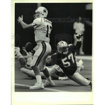 1990 Press Photo New Orleans Saints and Tampa Bay Buccaneers play NFL football