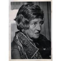 1975 Press Photo Charlotte Kramer Escaped From Nazis - RRW12937