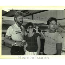 1985 Press Photo Dennis Narciso at North american Ultralight Champion Party