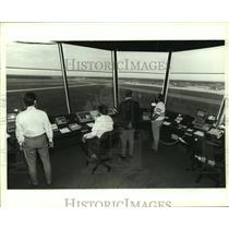 1989 Press Photo Air Traffic Controllers in Airport Control Tower, Alabama