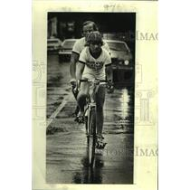 "1978 Press Photo Bicycling - Blind cyclist Tore Naerland and his ""pilot"""