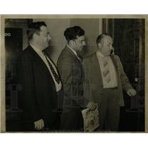 1938 Press Photo Leo Lamotte George Addes Ed Hall UAW - RRW92799