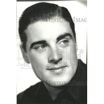 1934 Press Photo Phil Regan American singer Actor NYPD - RRX87599