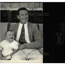 1928 Press Photo Lloyd Smile Face Player Donald Hughes - RRW78417