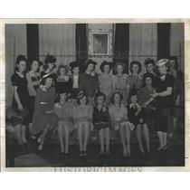 1941 Press Photo DAR Denver Candidates Citizenship Pins - RRX83291
