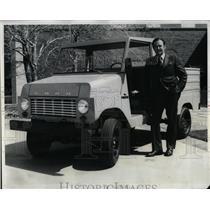 1972 Press Photo Ford Motor Co Truck William O. Bourke - RRW63557