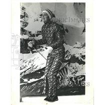 1970 Press Photo Look Skid Ski Eye Pattern Part Flamboy - RRW43285