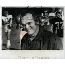 1976 Press Photo Livonia High School Football Coach - RRW01747
