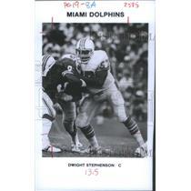 1972 Press Photo Miami Dolphins Center Stephenson Action Shot - RSC28297