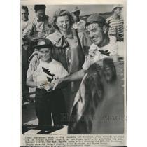 1948 Press Photo H.R. Salmon Goodyear Trophy Winner - RSC30305