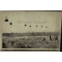 1971PressPhotoVietnamese Helicopters loaded with troops - RRX78631