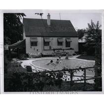 1957 Press Photo Children Swimming Pool Jack Shuell - RRW02399