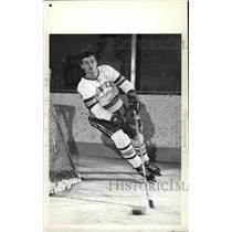 1973 Press Photo Mike Busniuk Denver University ice hoc - RRW73869