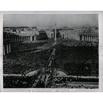 1954 Press Photo Vatican City, Italy - RRX78285