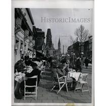 1953 Press Photo Open Air Cafe Berlin - RRX70591