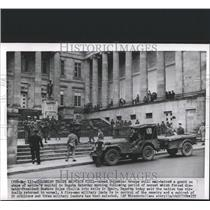 1957 Press Photo Bogota Colombia troops guard Spain - RRX82533