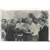 1955 Press Photo Willliam Lambert & others visit Russia