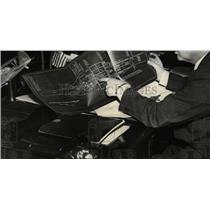 1938 Press Photo Navy Man Inspecting Swordfish Sub Plan - RRW77939