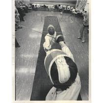 1977 Press Photo Fencing Practice Gordon Technical High - RRW51321