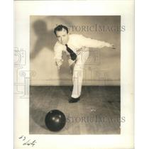 1938 Press Photo Billy Sixty American Golfer & Bowler - RSC39847