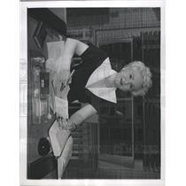 1950 Press Photo Muriel Richter Chairman Women Lawyers - RRX92853