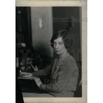 1928 Press Photo Hughes Winner Mrs F Gerald - RRX46975