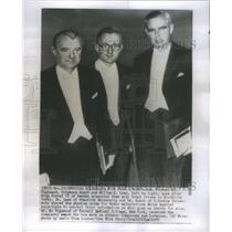 1955 Press Photo American Scientist With Nobel Prizes- RSA41305