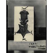 1927 Press Photo Scrimshaws Medal of Junior park - RRW74827